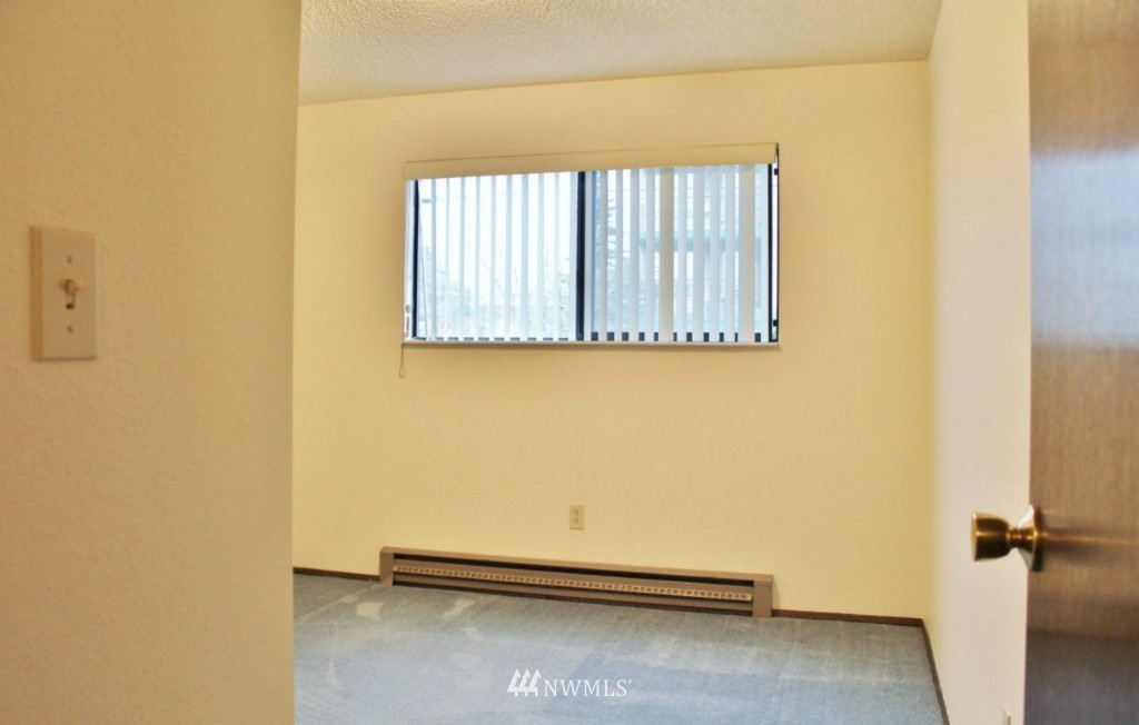 Sold Property   6110 24th Avenue NW #106 Seattle, WA 98107 7