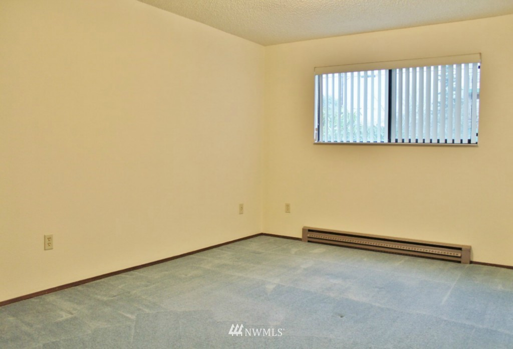 Sold Property   6110 24th Avenue NW #106 Seattle, WA 98107 10
