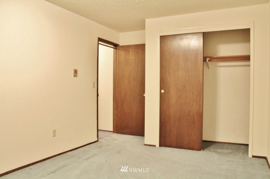 Sold Property   6110 24th Avenue NW #106 Seattle, WA 98107 11