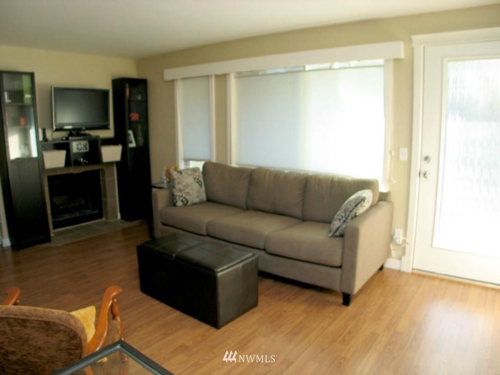 Sold Property | 3609 14th Avenue W #G1 Seattle, WA 98119 1