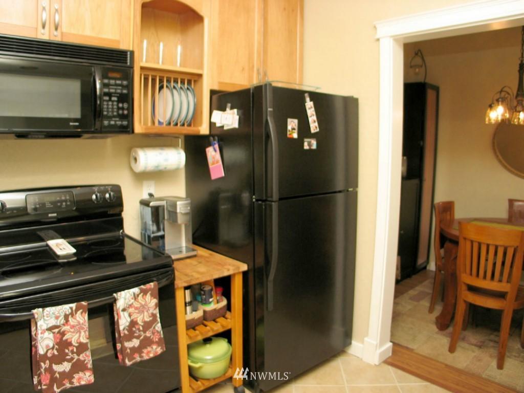 Sold Property | 3609 14th Avenue W #G1 Seattle, WA 98119 3