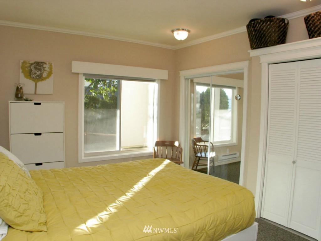 Sold Property | 3609 14th Avenue W #G1 Seattle, WA 98119 6