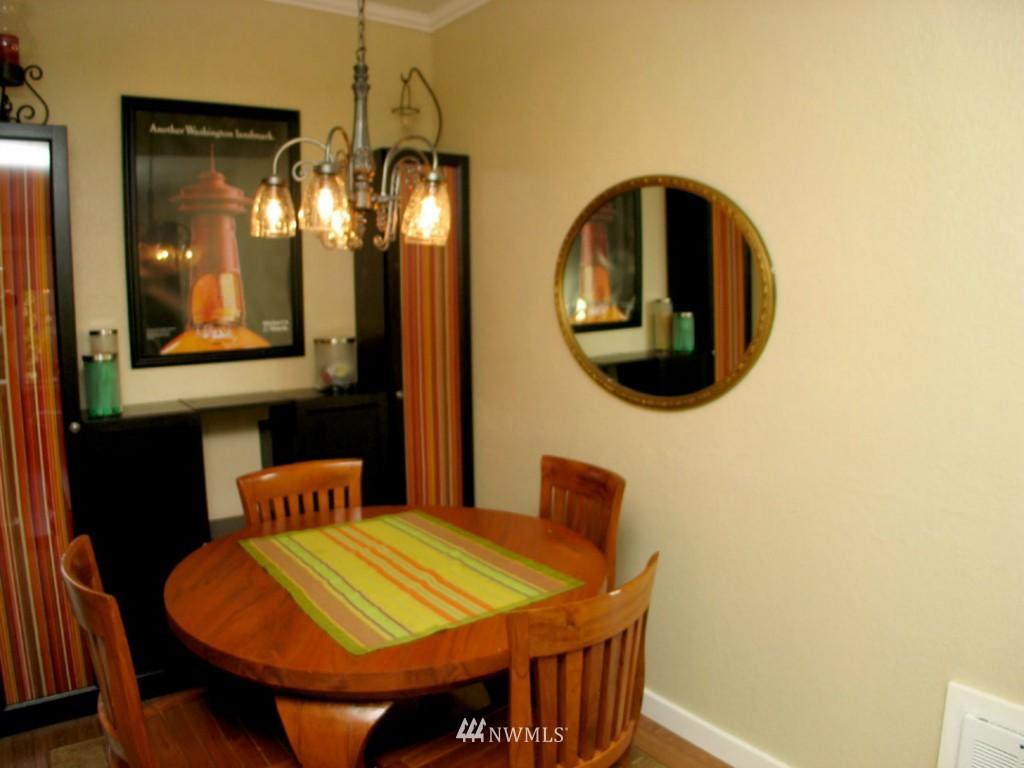 Sold Property | 3609 14th Avenue W #G1 Seattle, WA 98119 8