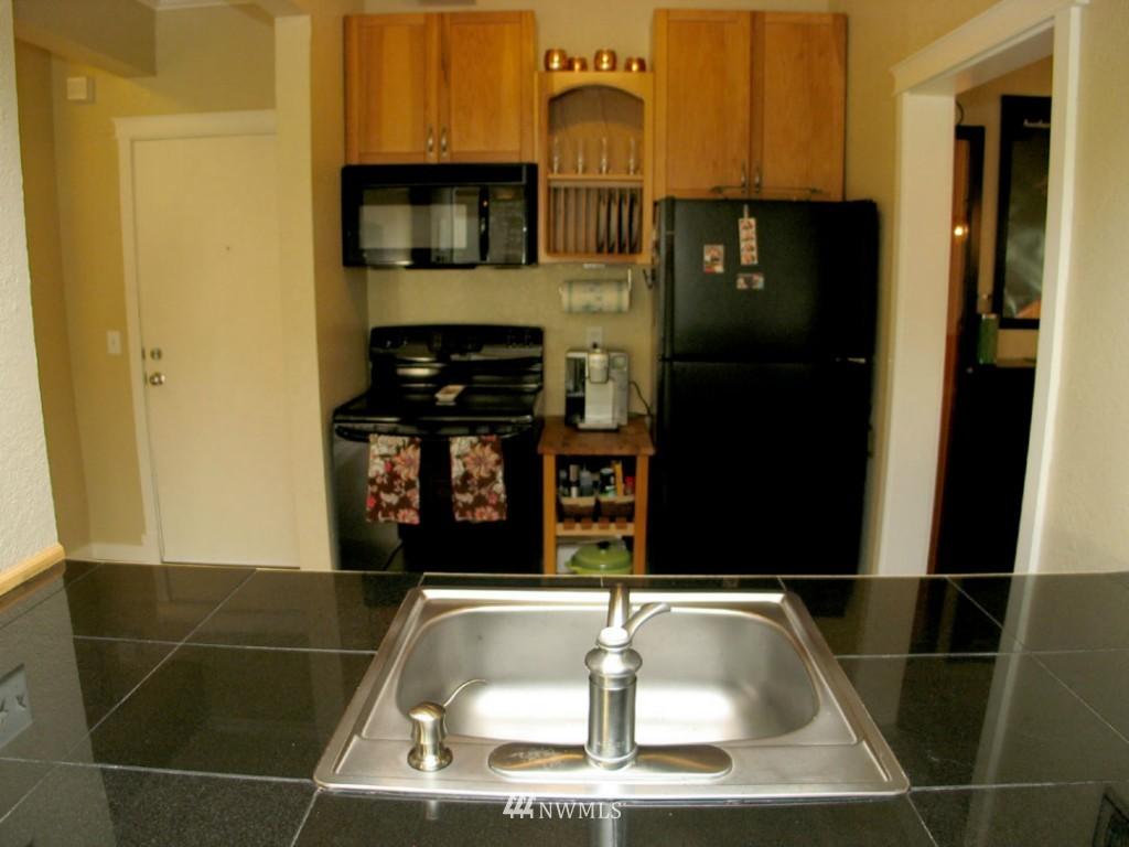 Sold Property | 3609 14th Avenue W #G1 Seattle, WA 98119 9