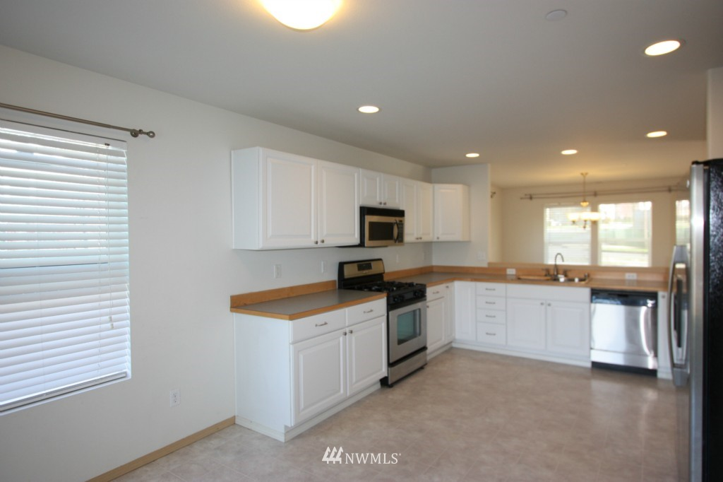 Sold Property | 3052 McAllister Street Dupont, WA 98327 8
