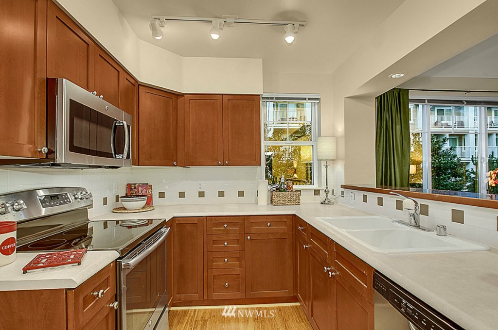 Sold Property   1525 NW 57th Street #319 Seattle, WA 98107 2