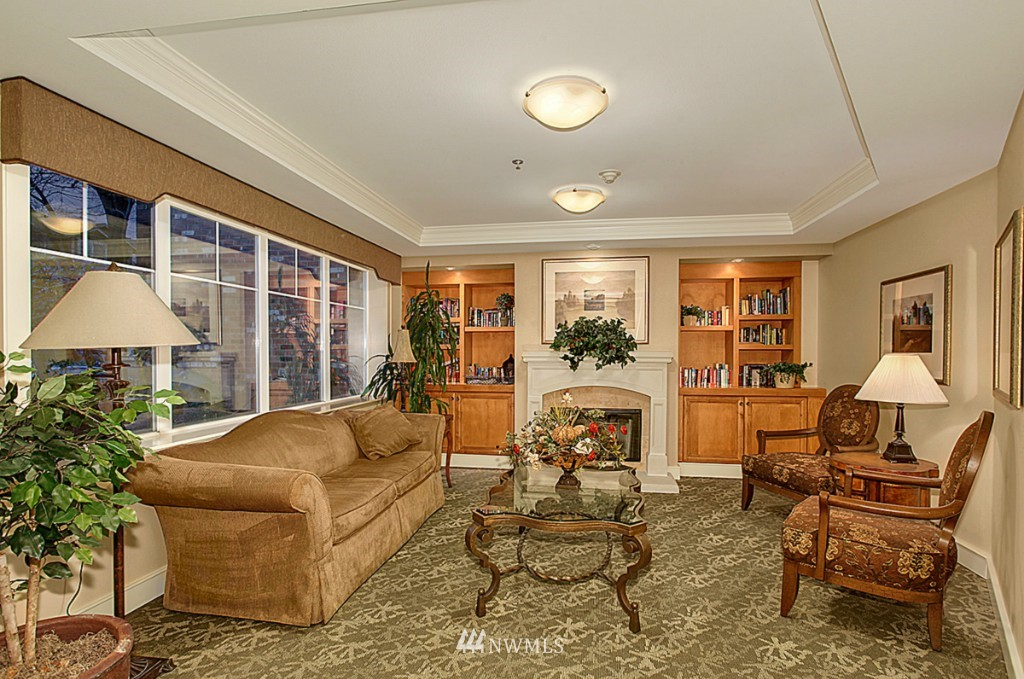 Sold Property   1525 NW 57th Street #319 Seattle, WA 98107 10