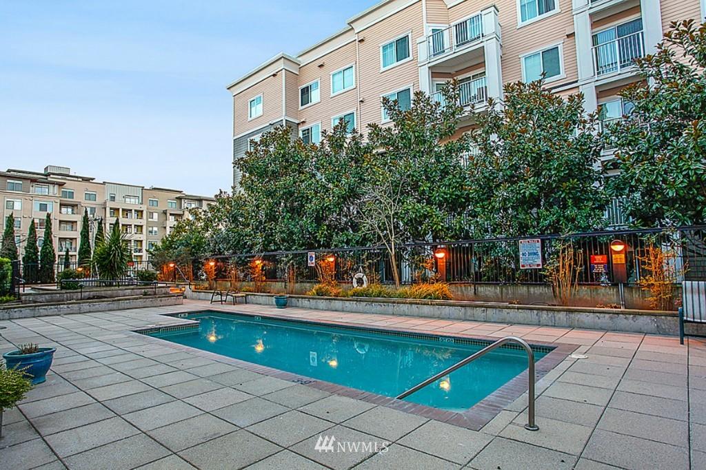 Sold Property   1525 NW 57th Street #319 Seattle, WA 98107 15