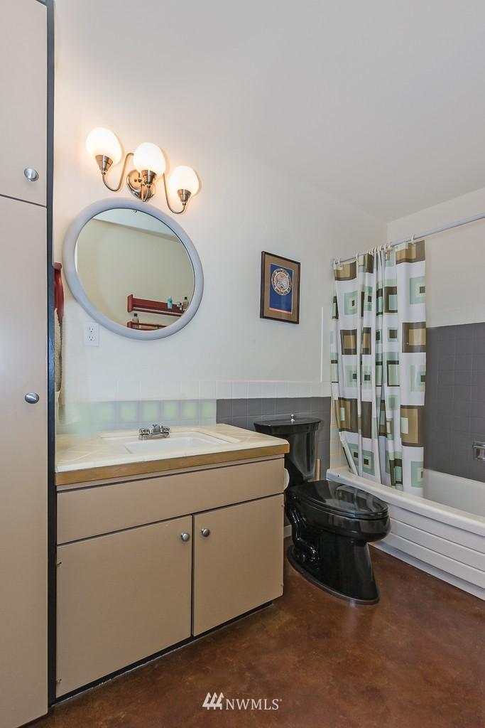 Sold Property | 308 E Republican  Street #910 Seattle, WA 98102 9