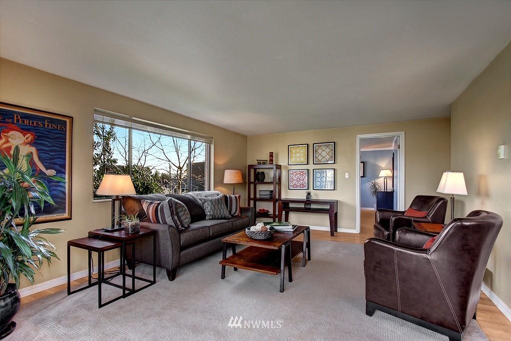 Sold Property   911 N 73rd Street #303 Seattle, WA 98103 1