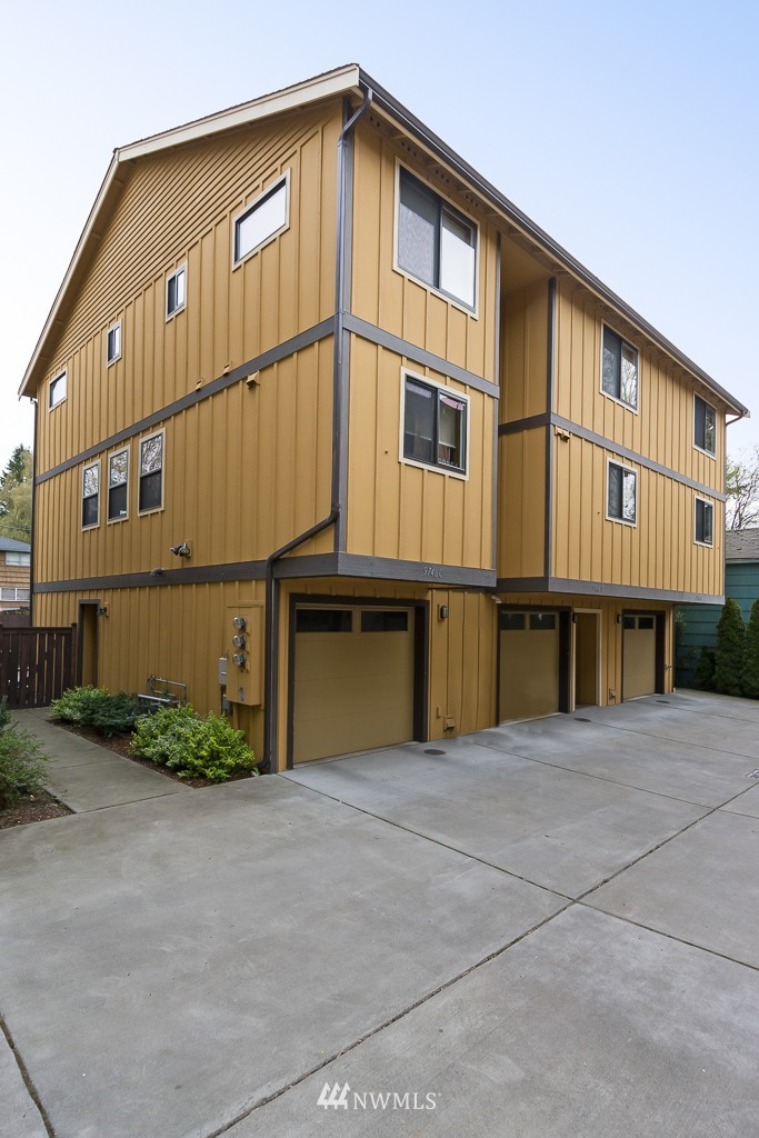Sold Property | 9748 4th Avenue NW #C Seattle, WA 98117 1