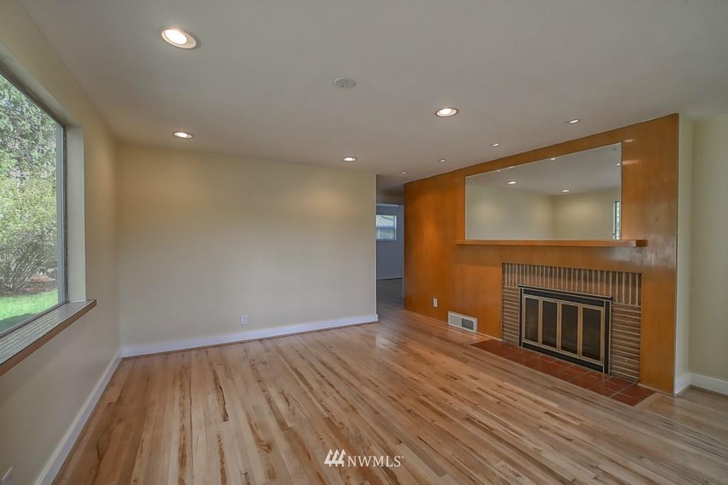 Sold Property | 17050 14th Avenue NE Shoreline, WA 98155 2