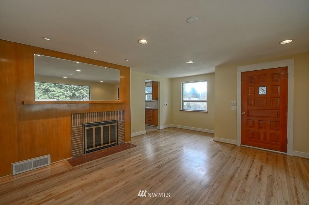 Sold Property | 17050 14th Avenue NE Shoreline, WA 98155 5