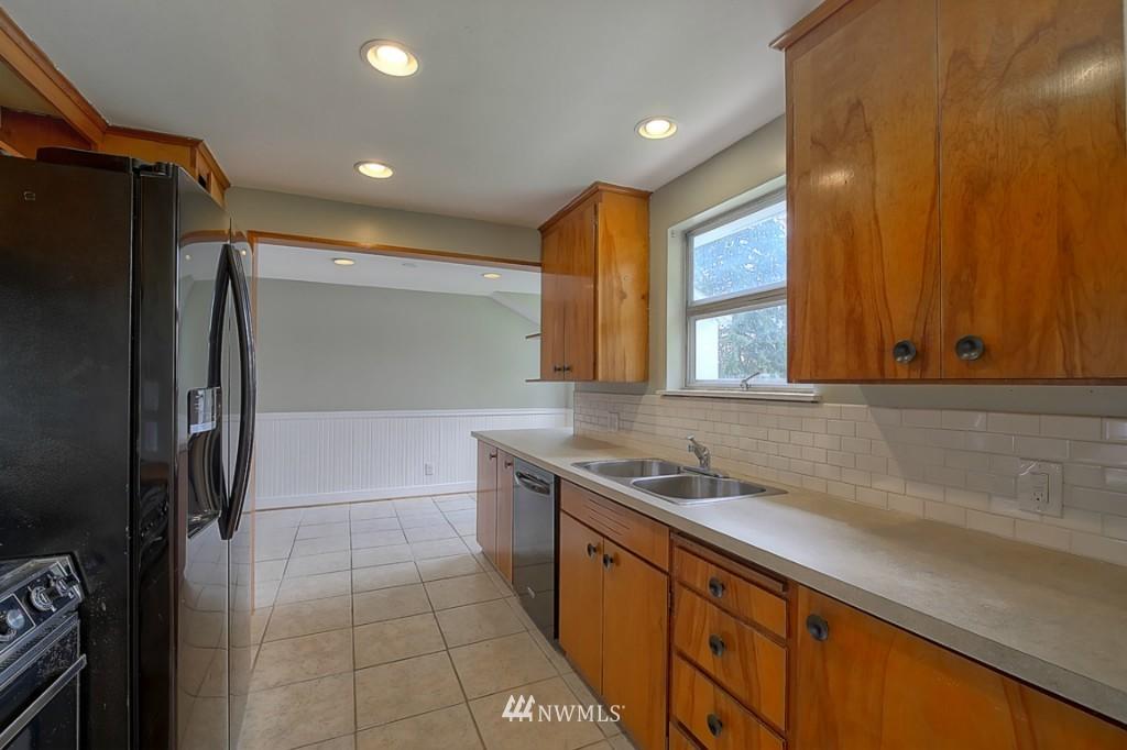 Sold Property | 17050 14th Avenue NE Shoreline, WA 98155 6