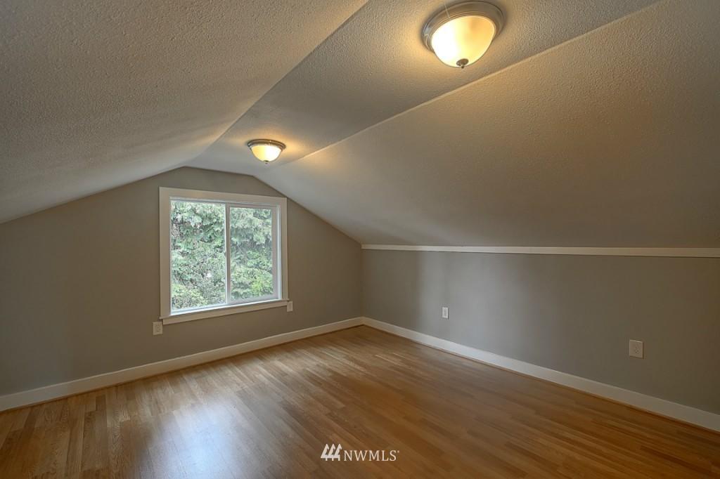 Sold Property | 17050 14th Avenue NE Shoreline, WA 98155 15