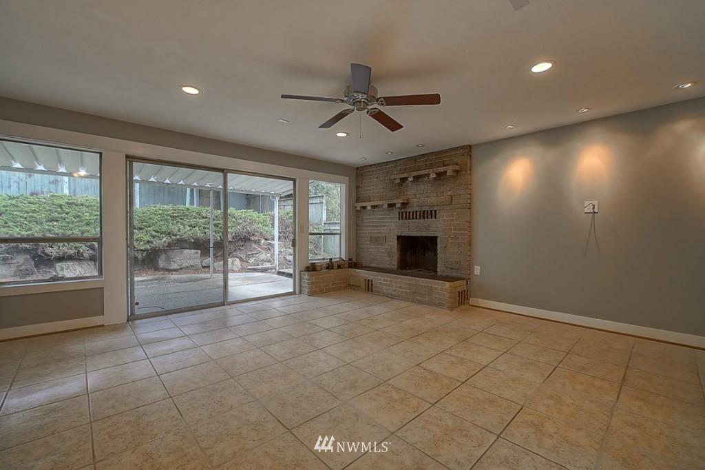 Sold Property | 17050 14th Avenue NE Shoreline, WA 98155 17