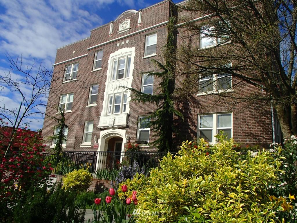 Sold Property | 715 24th Avenue #305 Seattle, WA 98122 0