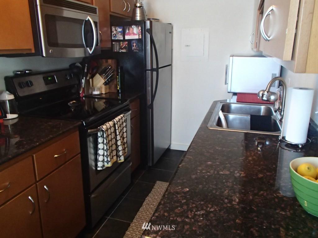 Sold Property | 715 24th Avenue #305 Seattle, WA 98122 1