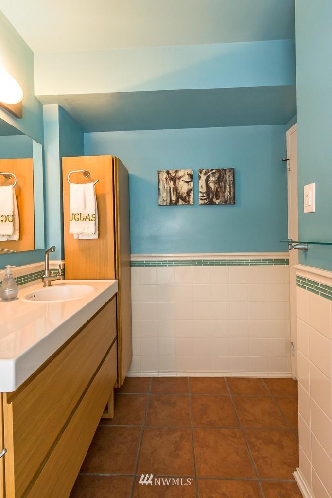 Sold Property | 308 E Republican Street #413 Seattle, WA 98102 9