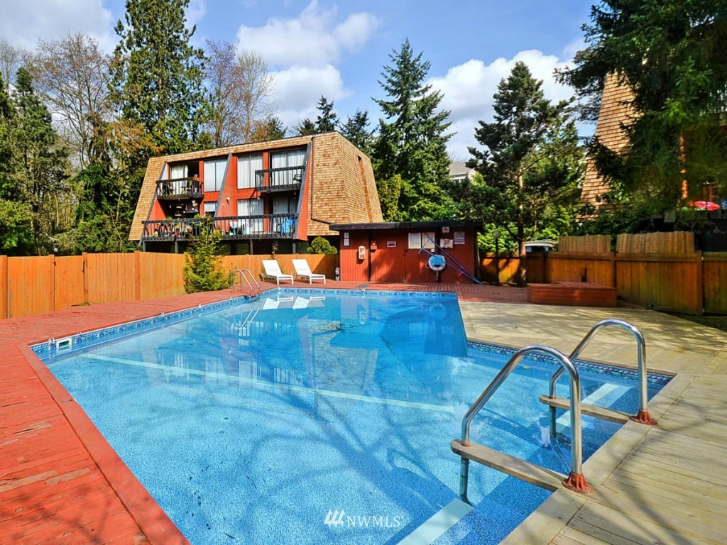 Sold Property   10727 Burke Avenue N #B6 Seattle, WA 98133 2