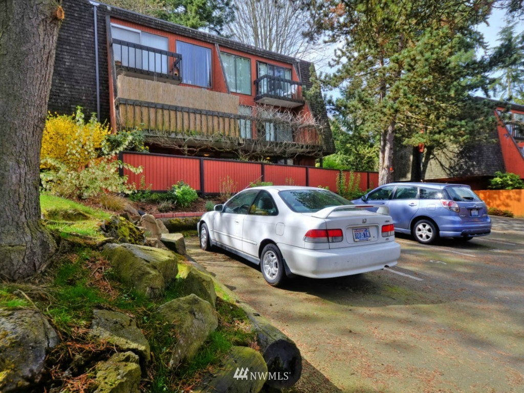 Sold Property   10727 Burke Avenue N #B6 Seattle, WA 98133 0