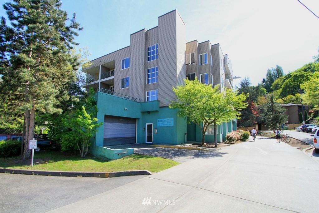 Sold Property | 2301 NE Blakeley Street #405 Seattle, WA 98105 0