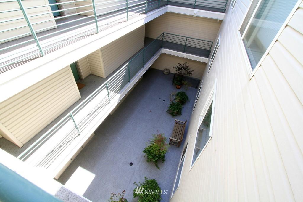 Sold Property | 2301 NE Blakeley Street #405 Seattle, WA 98105 2