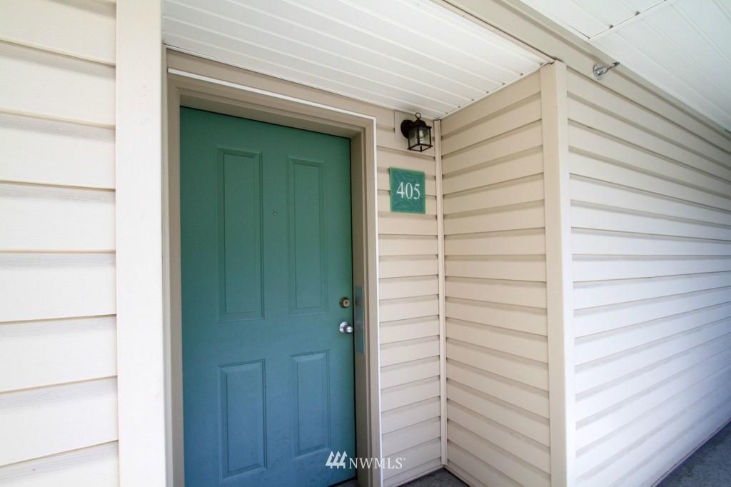 Sold Property | 2301 NE Blakeley Street #405 Seattle, WA 98105 3