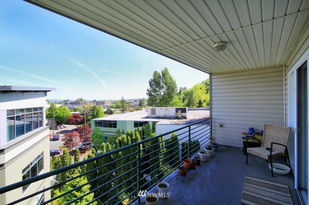 Sold Property | 2301 NE Blakeley Street #405 Seattle, WA 98105 5