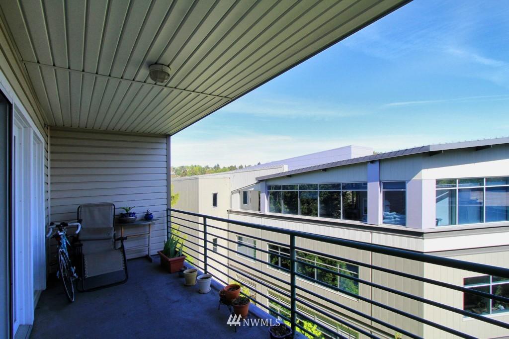 Sold Property | 2301 NE Blakeley Street #405 Seattle, WA 98105 7