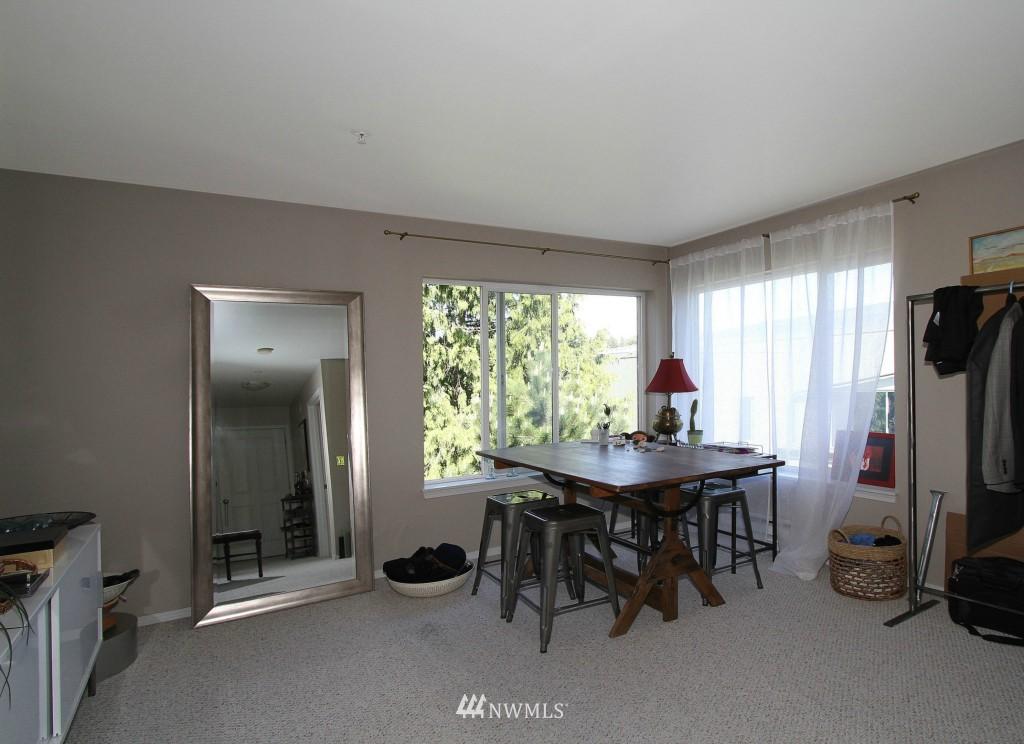 Sold Property | 2301 NE Blakeley Street #405 Seattle, WA 98105 15