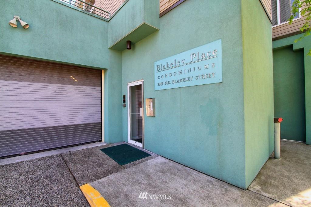 Sold Property | 2301 NE Blakeley Street #405 Seattle, WA 98105 18