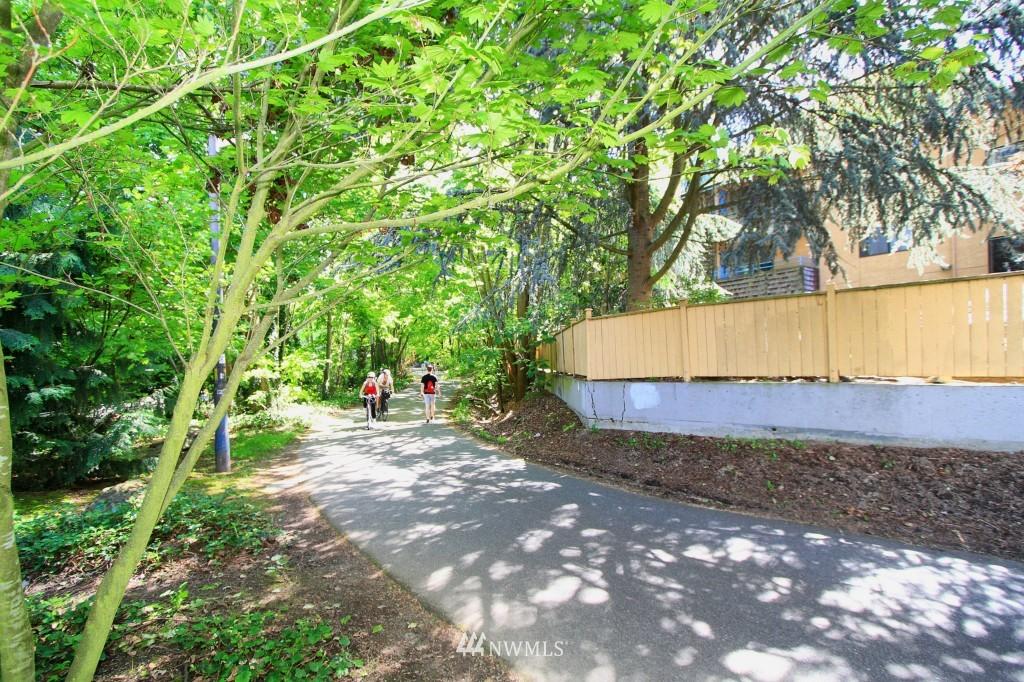 Sold Property | 2301 NE Blakeley Street #405 Seattle, WA 98105 19
