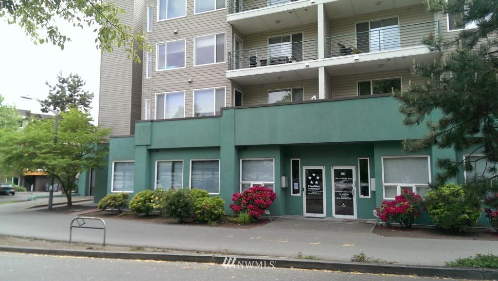 Sold Property | 2301 NE Blakeley Street #405 Seattle, WA 98105 21
