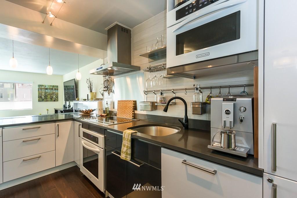 Sold Property | 308 E Republican Street #605 Seattle, WA 98102 5
