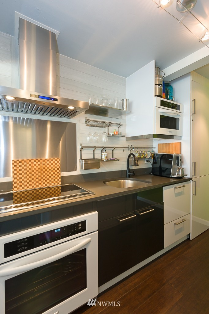 Sold Property | 308 E Republican Street #605 Seattle, WA 98102 7