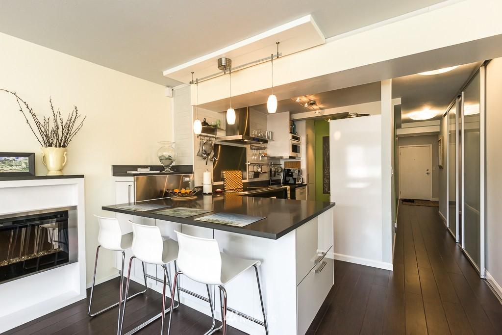 Sold Property | 308 E Republican Street #605 Seattle, WA 98102 4