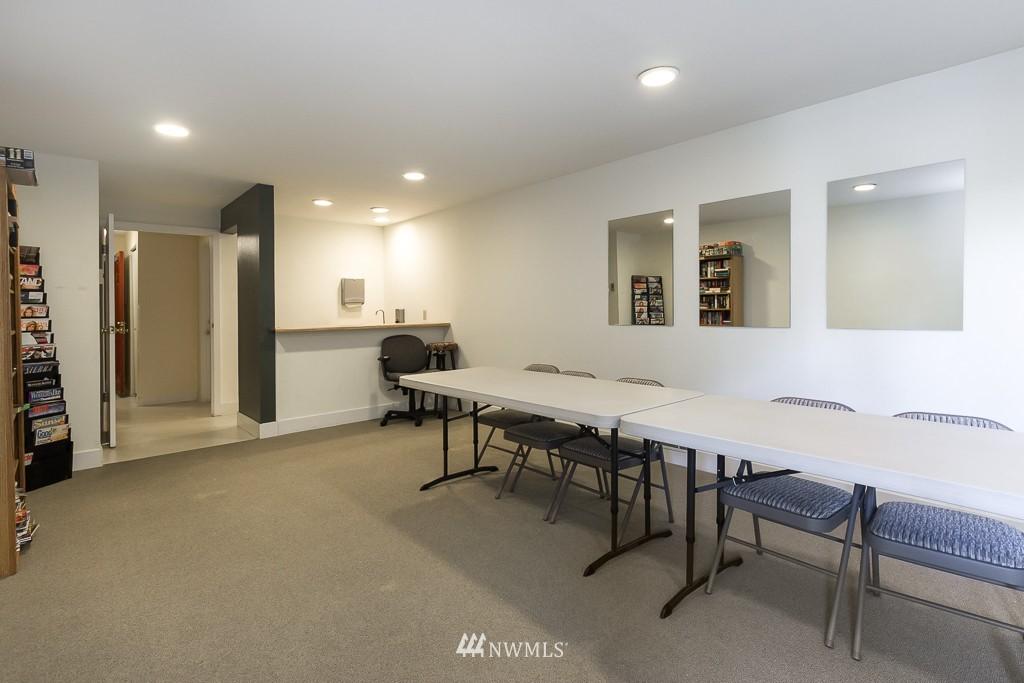 Sold Property | 10501 8th Avenue NE #134 Seattle, WA 98125 13