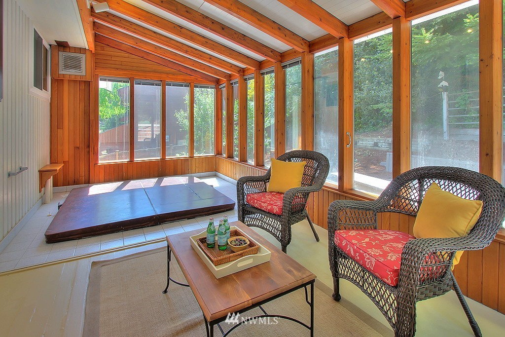 Sold Property   21120 Pioneer Way Edmonds, WA 98026 15