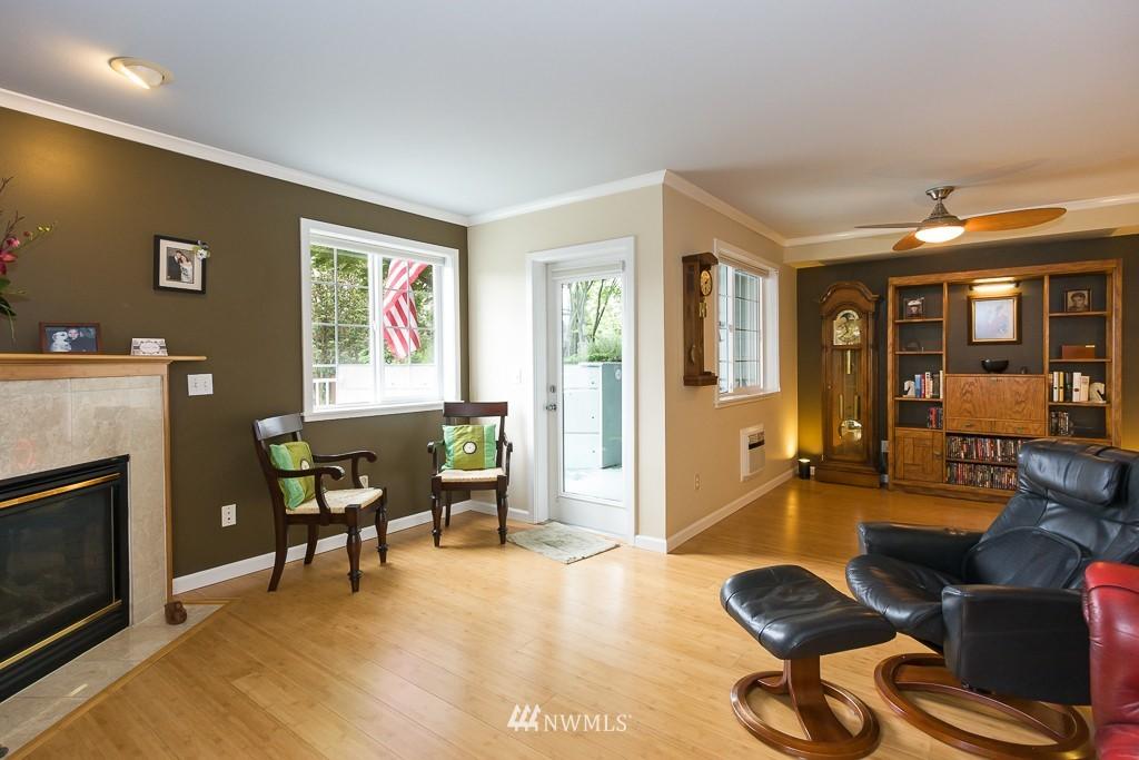 Sold Property | 7301 5th Avenue NE #201 Seattle, WA 98115 1