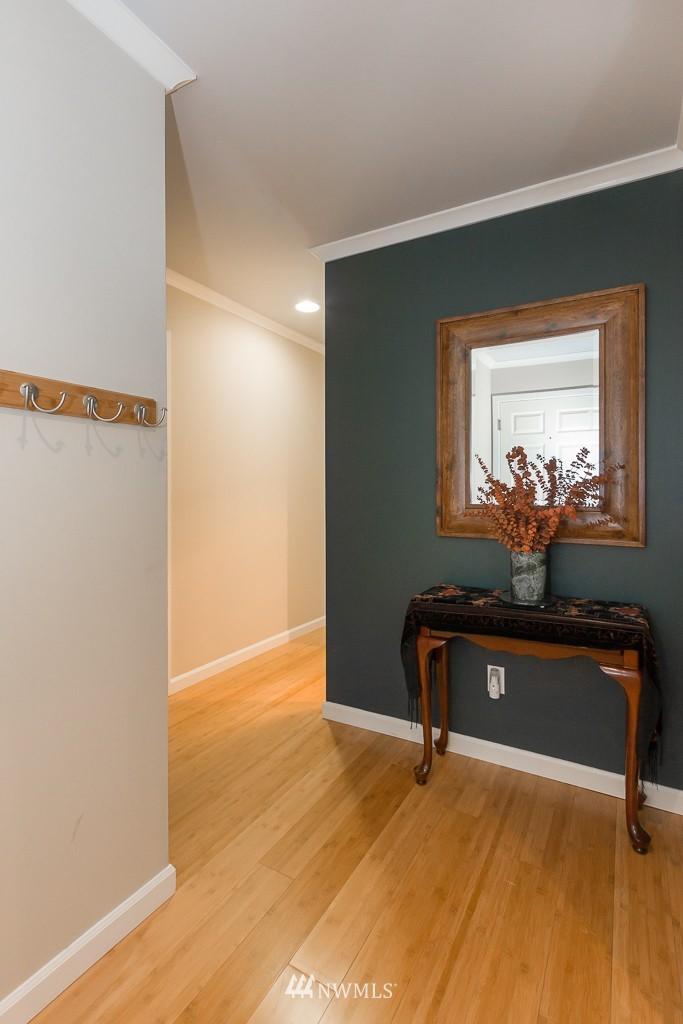 Sold Property | 7301 5th Avenue NE #201 Seattle, WA 98115 7