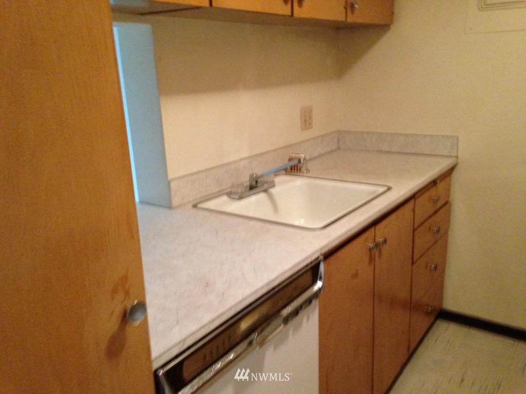Sold Property | 308 E Republican Street #809 Seattle, WA 98102 7
