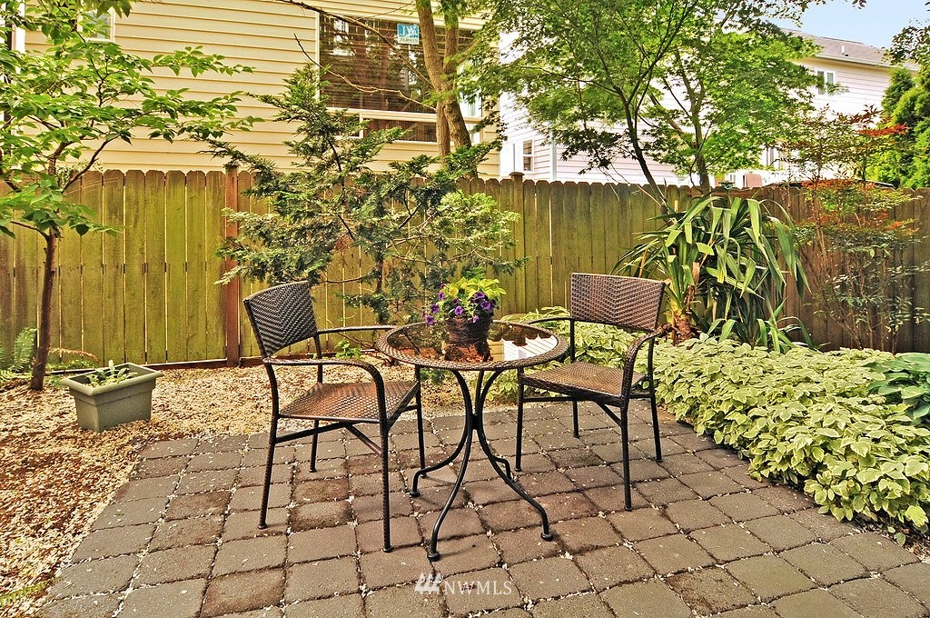 Sold Property | 9041 Mary Avenue NW #C Seattle, WA 98117 9
