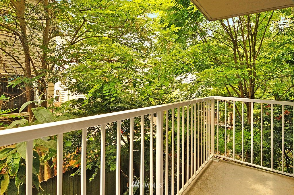 Sold Property | 9041 Mary Avenue NW #C Seattle, WA 98117 10