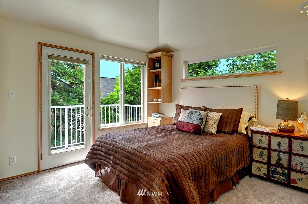 Sold Property | 9041 Mary Avenue NW #C Seattle, WA 98117 11