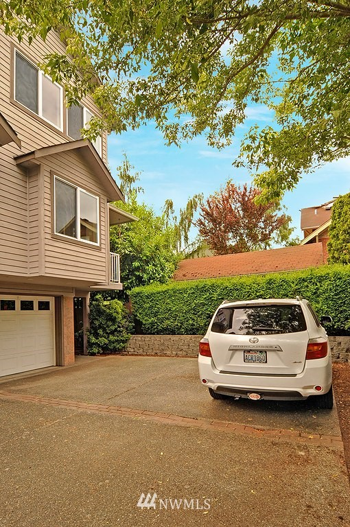 Sold Property | 9041 Mary Avenue NW #C Seattle, WA 98117 17