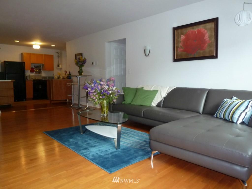 Sold Property   214 Summit Avenue E #101 Seattle, WA 98102 2