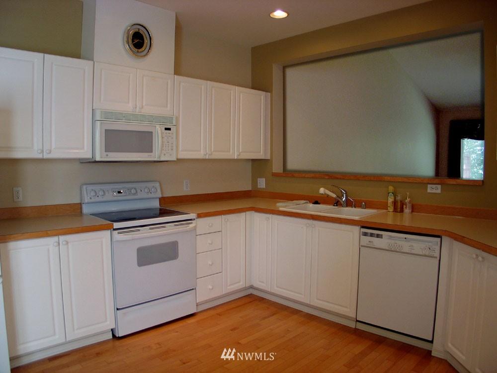 Sold Property | 22202 43rd Avenue S Kent, WA 98032 3