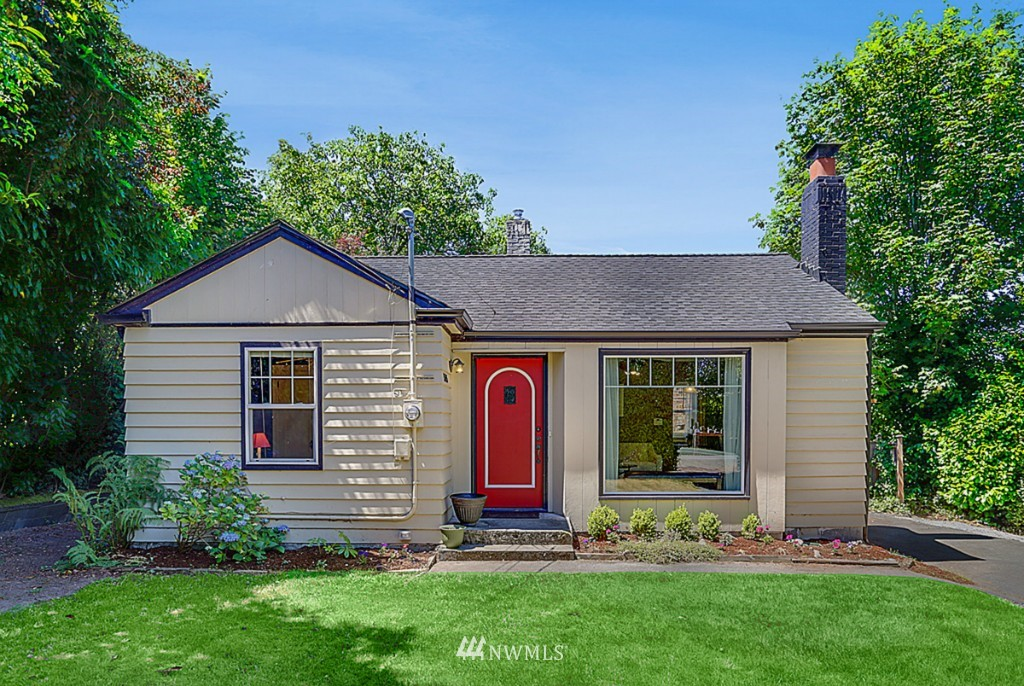 Sold Property | 15715 Greenwood Avenue N Shoreline, WA 98133 0