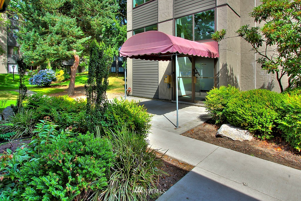 Sold Property | 7021 Sand Point Way NE #B205 Seattle, WA 98115 13